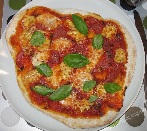 Meine erste Pizza vom Pizzastein