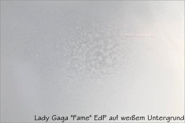 Lady Gaga Fame auf weissem Untergrund