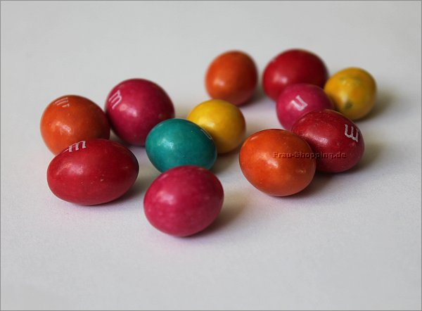 M&Ms Intense 65% Cacao ausgepackt