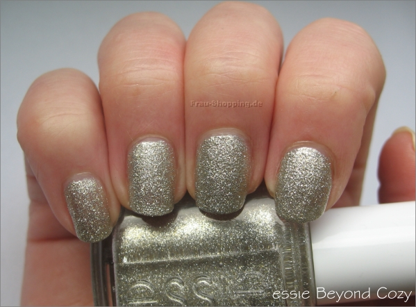 essie Beyond Cozy Swatch