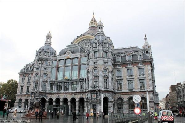 Der Bahnhof in Antwerpen