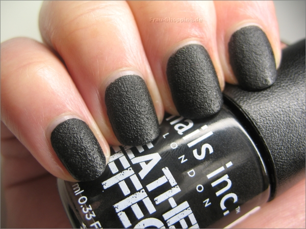 Nails inc. Leather Effect Nagellack in Schwarz