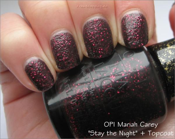 OPI Stay the Night Swatch mit Topcoat