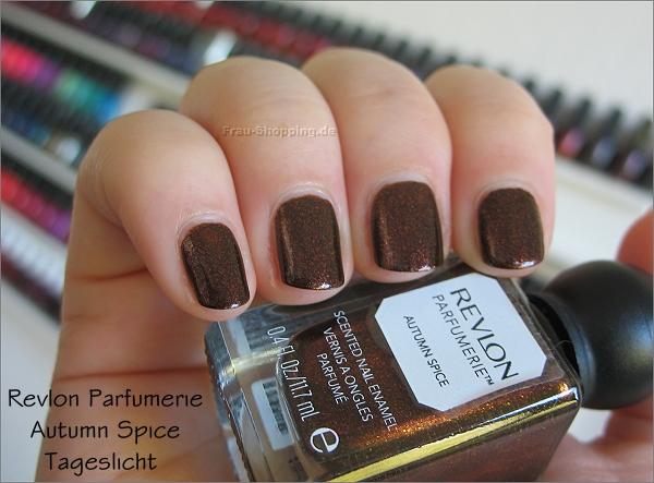 Revlon Parfumerie Autumn Spice Swatch im Tageslicht