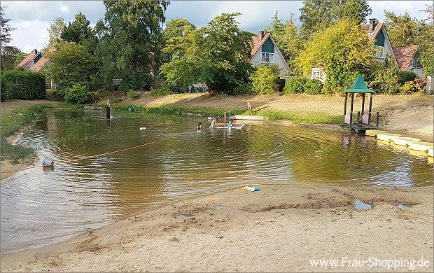 Einer der Wasserspielplätze bei Roompot Hellendoorn